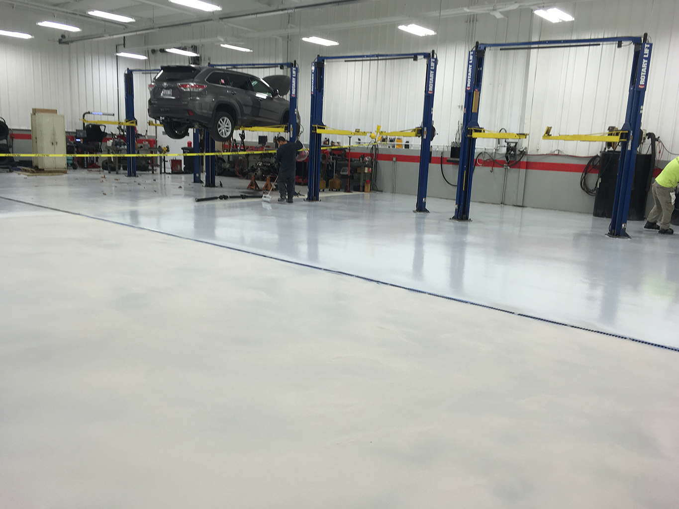 Epoxy Floor Mechanic Shop